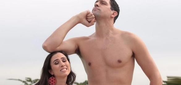 As baixinhas nem sempre são o sexo frágil da relação