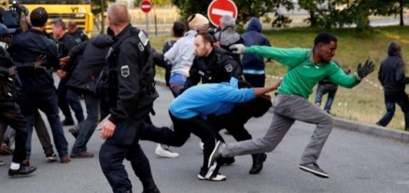 Dżungla z Calais przeniosła się do Paryża