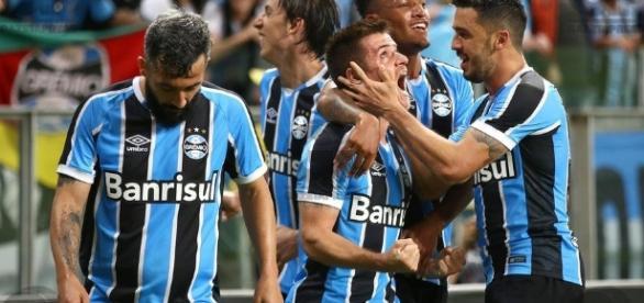 Grêmio abriu vantagem sobre o Cruzeiro ao vencer por 2 a 0 na quarta-feira passada