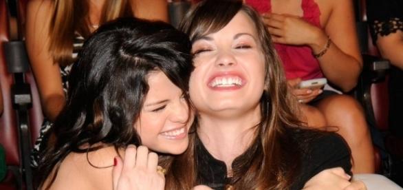 Selena Gomez e Demi Lovato se afastaram