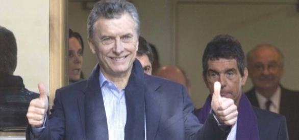 Macri sigue regalando dinero del pueblo a sus amigos y se largó contra el Clìnicas