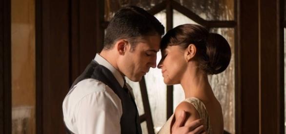 Ana y Alberto en una de sus escenas más románticas/Atresmedia