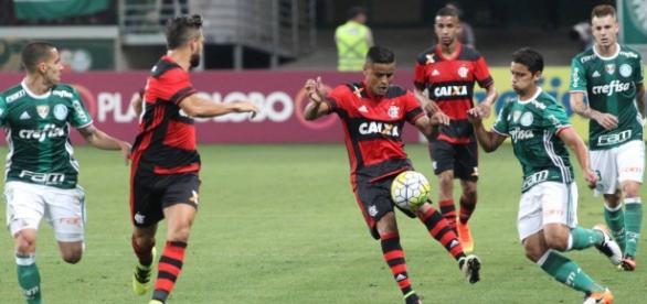 Flamengo empata e não pode mais alcançar o Palmeiras na luta pelo título Brasileiro