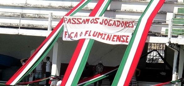 Torcida do Fluminense não esconde revolta com últimos jogos da equipe (Foto: Globo Imagens)