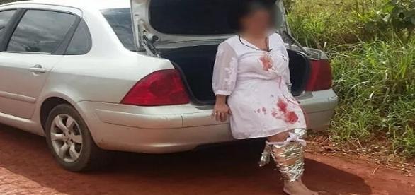 Sequestradores prenderam supostos explosivos na vítima