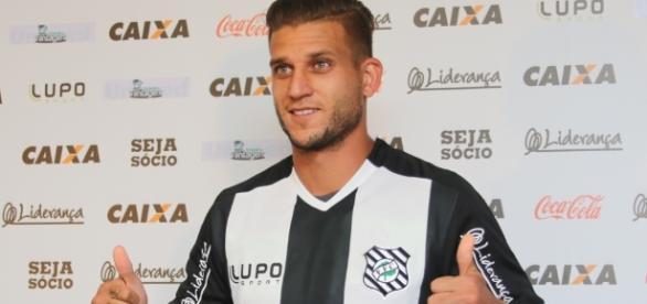 Rafael Moura chegou ao seu quarto rebaixamento, desta vez com a camisa do Figueirense