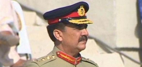 Raheel Sharif to retire on Nov 29, kicks off farewell tour ... - metrovaartha.com