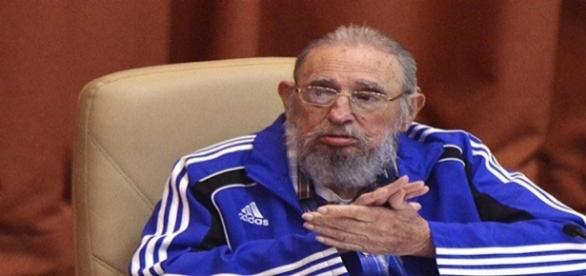 Fidel Castro morre aos 90 anos de idade