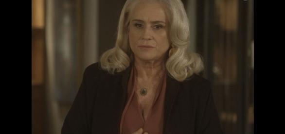 Magnólia é acusada pelo senador de ter mandado matar Fausto e Suzana.