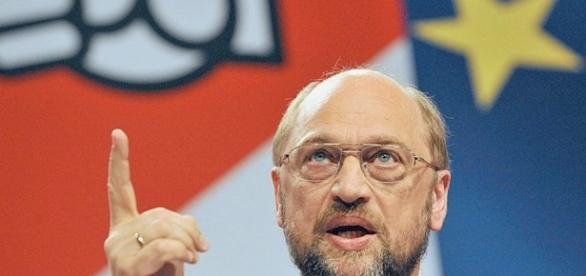 Der trockene Alkoholiker und EU-Fanatiker Martin Schulz will hoch hinaus.