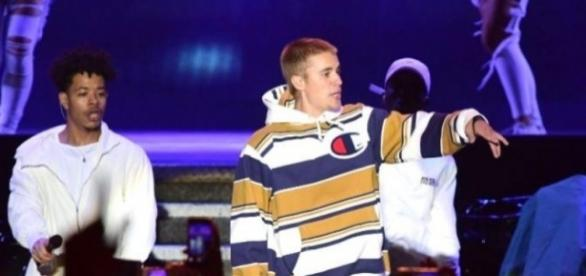 Justin Bieber destroza su 'Love Yourself' al subirse al escenario ... - europafm.com