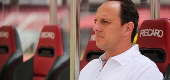 Rogério Ceni tem história vencedora no São Paulo e quer um time vencedor em 2017