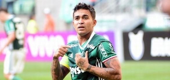 Dudu é uma das esperanças do Palmeiras para confirmar o título do Brasileirão no próximo domingo.