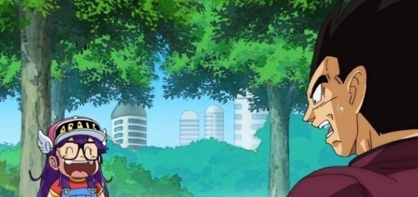 La carismática Arale-chan se ríe de Vegeta, la cara del Príncipe de los Saiyajin lo dice todo.