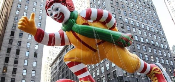 Macy's 90th Thanksgiving Day Parade - Photo: Blasting News Library - 1meee.com