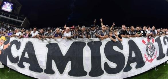 Corinthians x Atlético-PR: assista ao jogo ao vivo