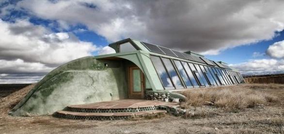Empresa do Novo México constrói bunkers a partir de materiais recicláveis ( mediadrumworld)