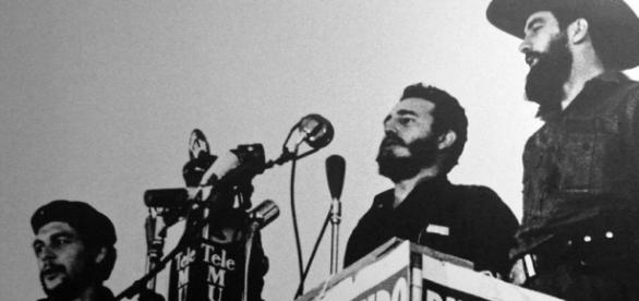 Ernesto 'Che' Guevara, Fidel Castro e Camilo Cienfuegos: simboli della rivoluzione cubana