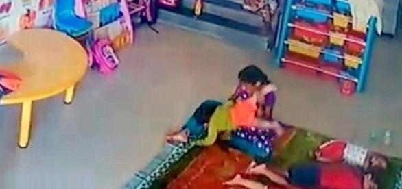 Funcionária de berçário agredia bebê de nove meses de idade