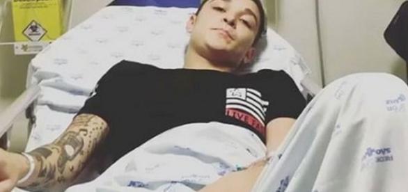 MC Gui foi atropelado e vai passar por cirurgia.