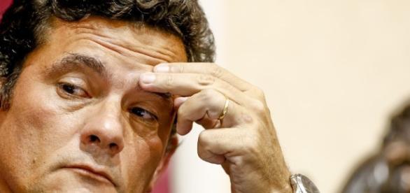 Moro dispensou Lula e Marisa de audiências