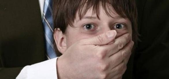 Pedophile rings are enormous and pervasive among the world's ... - stateofthenation2012.com