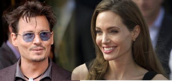 Romance de Angelina Jolie e Johnny Depp surpreende fãs do mundo inteiro