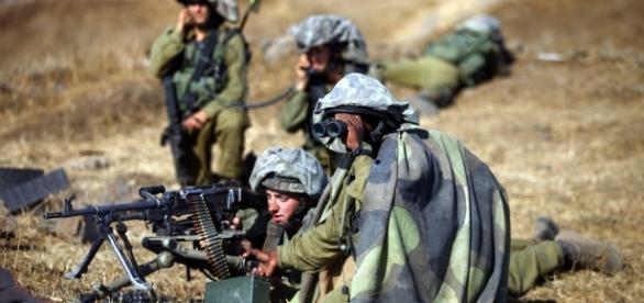 Forțele militare israeliene, într-un exercițiu militar pe Înălțimile Golan - Wikimedia Commons