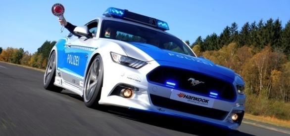 Ford Mustang GT tem as identificação oficial e preparação especial