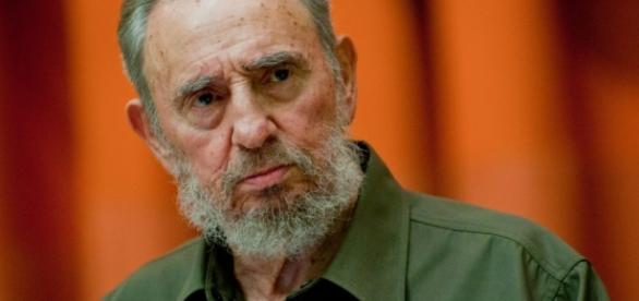 "Fidel Castro è morto, l'addio del fratello in tv: ""Hasta la ... - macitynet.it"