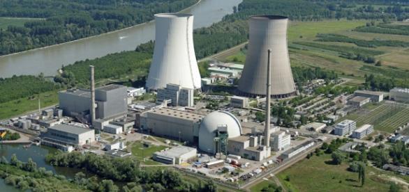 In Europa laufen komplett marode Atomkraftwerke gegen jede Vernunft weiter.