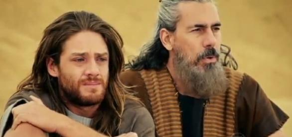 Otniel verá o momento em que o pai é atingido por um cananeu e tentará socorrê-lo.