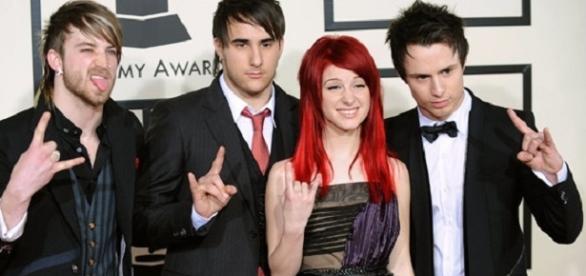 2007 - Elegantes en una de sus apariciones en los Grammy