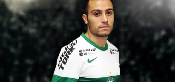 Coritiba anuncia contratação de Martinuccio | NETFLU | Fluminense ... - com.br