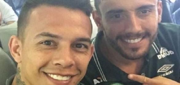 Danilo e Alan viajaram em busca do sonhado titulo (Foto: Reprodução/Instagram)