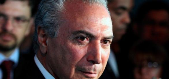 PSOL entra com pedido de impeachment contra Temer