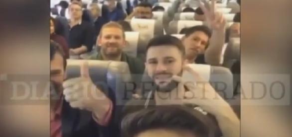 Vídeo mostra jogadores da Chapecoense - Imagens/Youtube