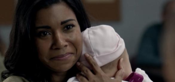 Jessica Pimentel (Maria) d'Orange Is The New Black : actrice et chanteuse de heavy métal !