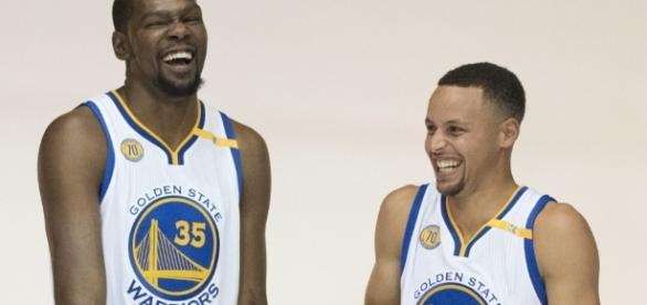 Kevin Durant y Stephen Curry - Golden State Warriors - libertaddigital.com