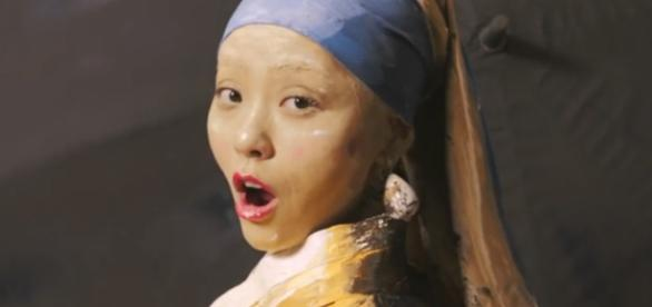 Jane Zhang appeared in the Girl With a Pearl Earring!