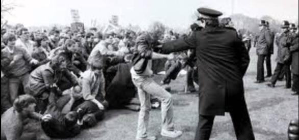 Police and miners clash at the 'Battle of Oregreave.'