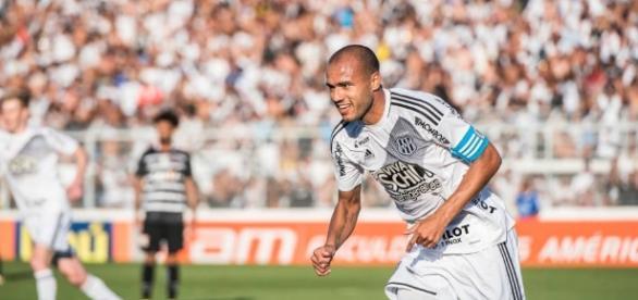 Roger viajou para o Rio de Janeiro para fechar com o Botafogo sem conhecimento da Ponte Preta