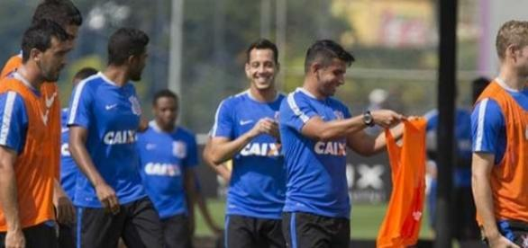 Corinthians pode sofrer a primeira perda para a temporada de 2017