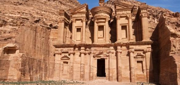 5 Must-See Places When You're in Petra - justluxe.com