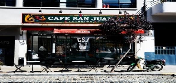 La Vermutería abre de martes a domingo (Chile 474)