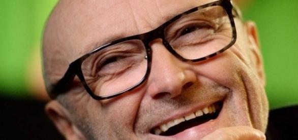 """Cantor britânico supera alcoolismo e supera """"aposentadoria"""""""