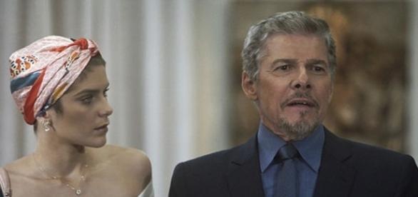 Letícia descobre farsa do pai em 'A Lei do Amor'