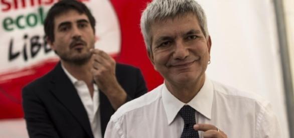 Nichi Vendola e sullo sfondo Nicola Fratoianni (foto: L'Unità)