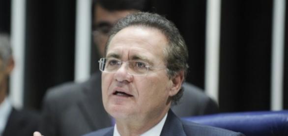 Renan Calheiros terá que dar explicações à PF
