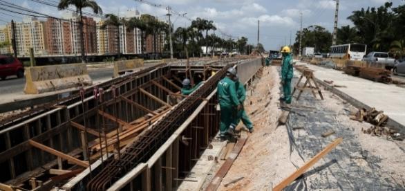 Construção de uma das estações do BRT Belém na Rodovia Augusto Montenegro - Foto: João Gomes / COMUS (Prefeitura de Belém)